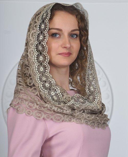 Ниспадающий платок капюшон