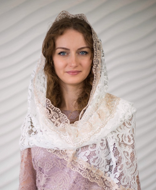 белый платок в церковь