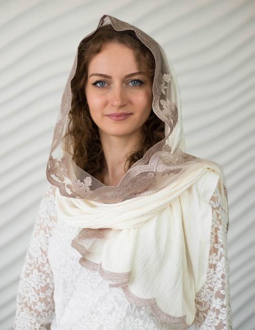 Женский платок в храм